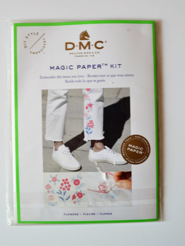 Kit broderie DMC Magic Paper Kit